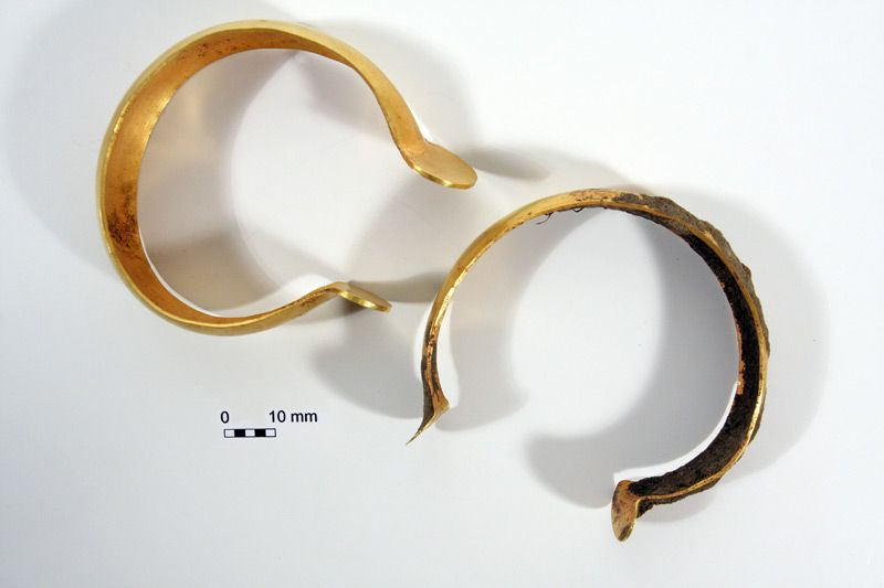 Bronze Age Gold Treasure found in East Kent  0699b8b9754