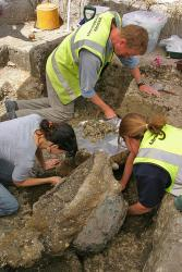 Excavating the Chiseldon cauldrons