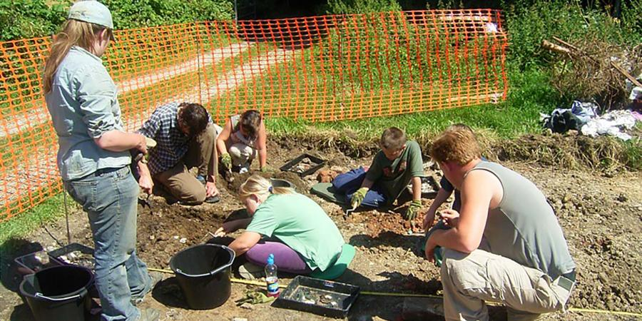 Pan, Isle of Wight Community Excavation
