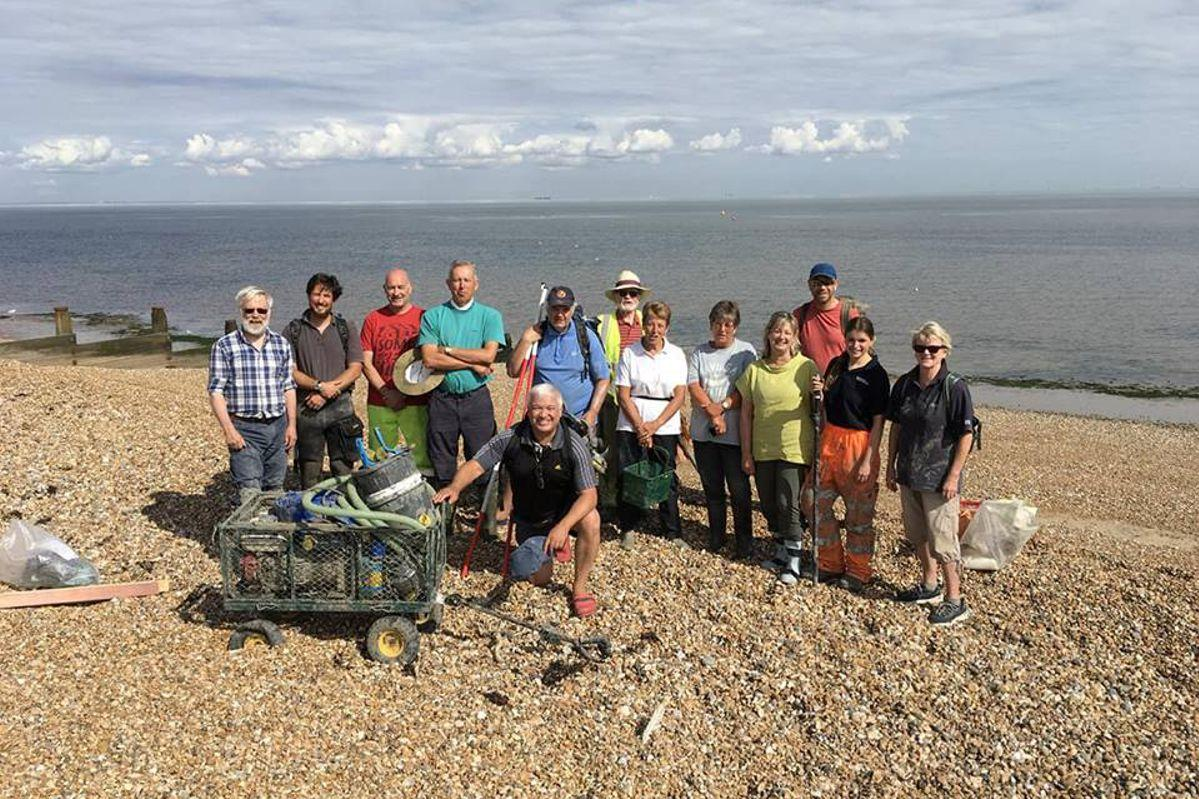 Team photo showing volunteers who were working on the Tankerton wreck site