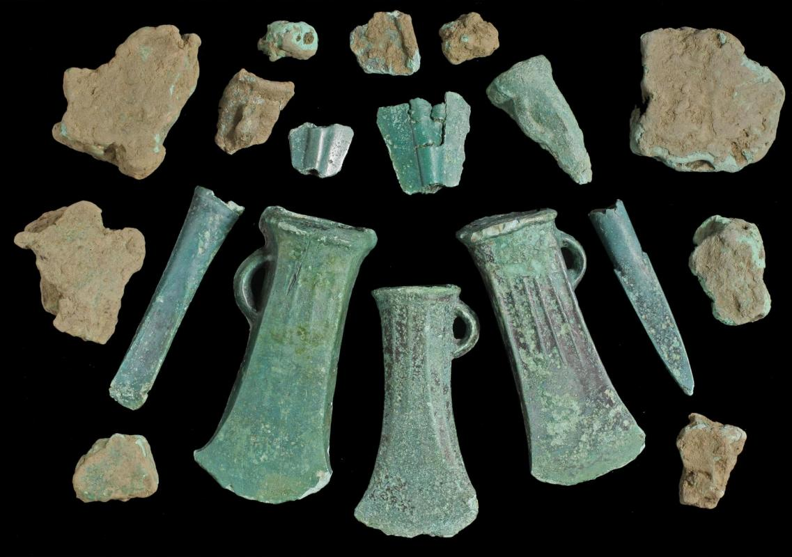 Late Bronze Age copper alloy hoard from Ebbsfleet, Kent