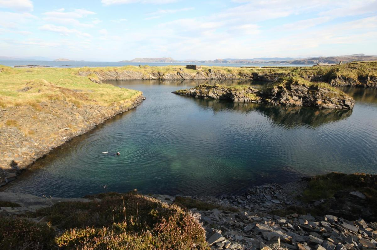 Entering the water, diving archaeology services for Historic Environment Scotland