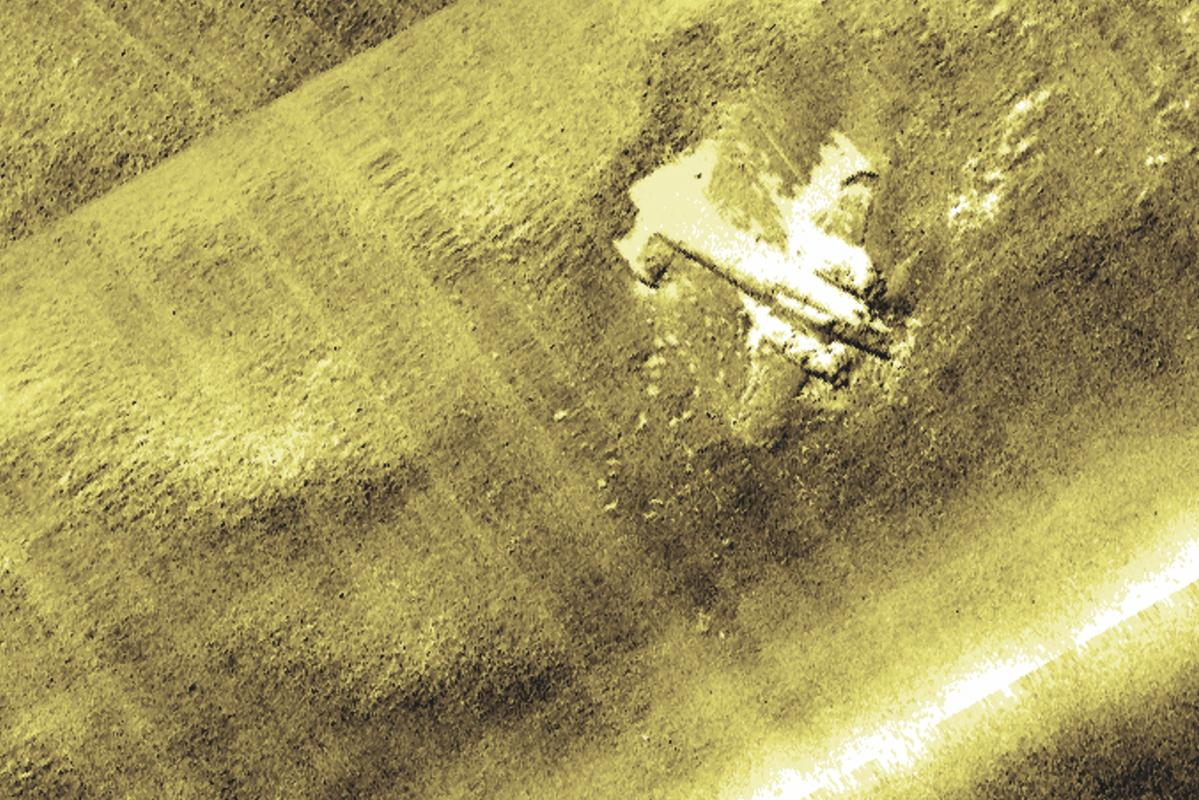 Sidescan sonar image showing the Dornier aircraft on the Goodwins