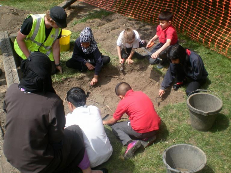 Community excavation Tinsley School