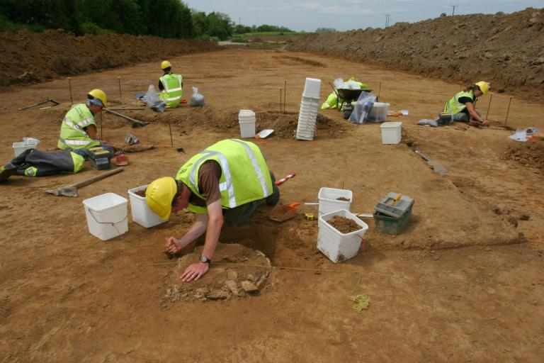 Excavations at Cottington Road on the Margate pipeline