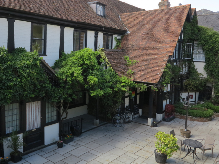 Salisbury Sites 18: The Red Lion
