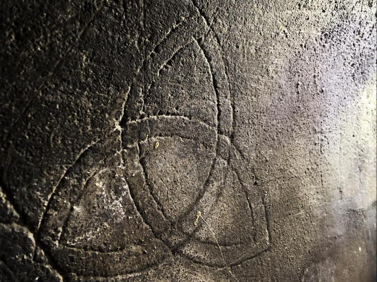 Historic graffiti - Celtic knot