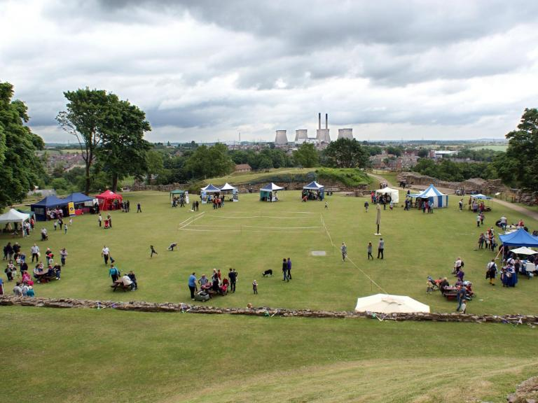 Pontefract Castle 'Key to the North' Community Archaeology Project