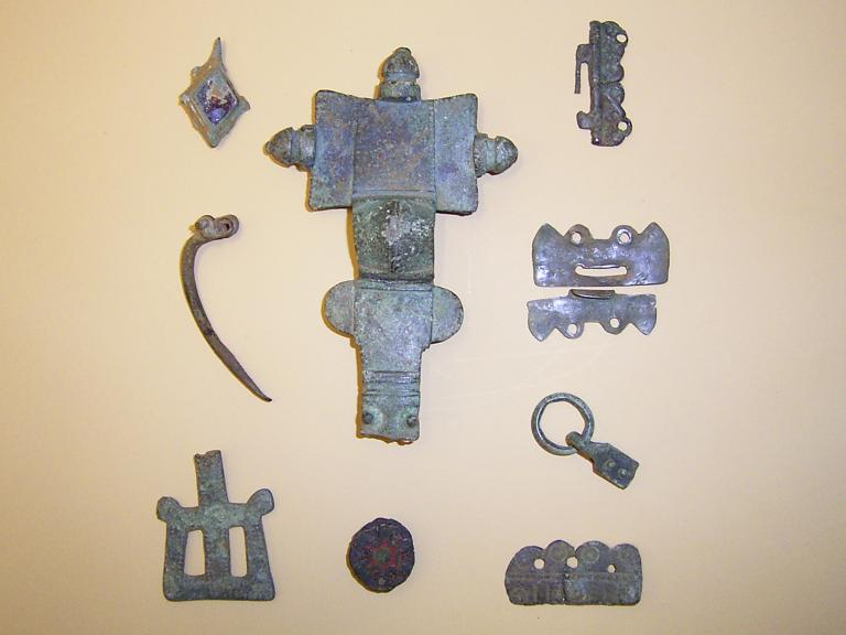 Anglo-Saxon metalwork recovered from South Cliff Farm