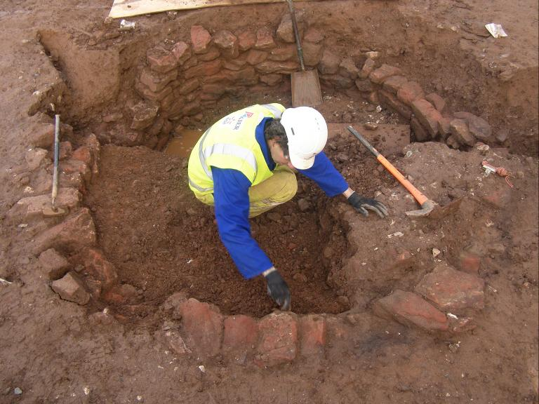 Archaeological excavation work at Cannington Court