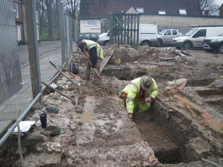 Phil Harding excavating at Salt Lane